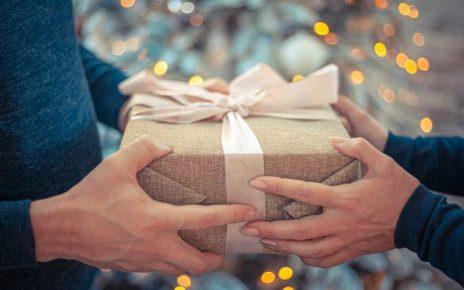 Pourquoi réaliser un cadeau d'affaires pour ses clients