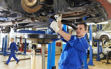 Réparation de sa voiture dans un garage