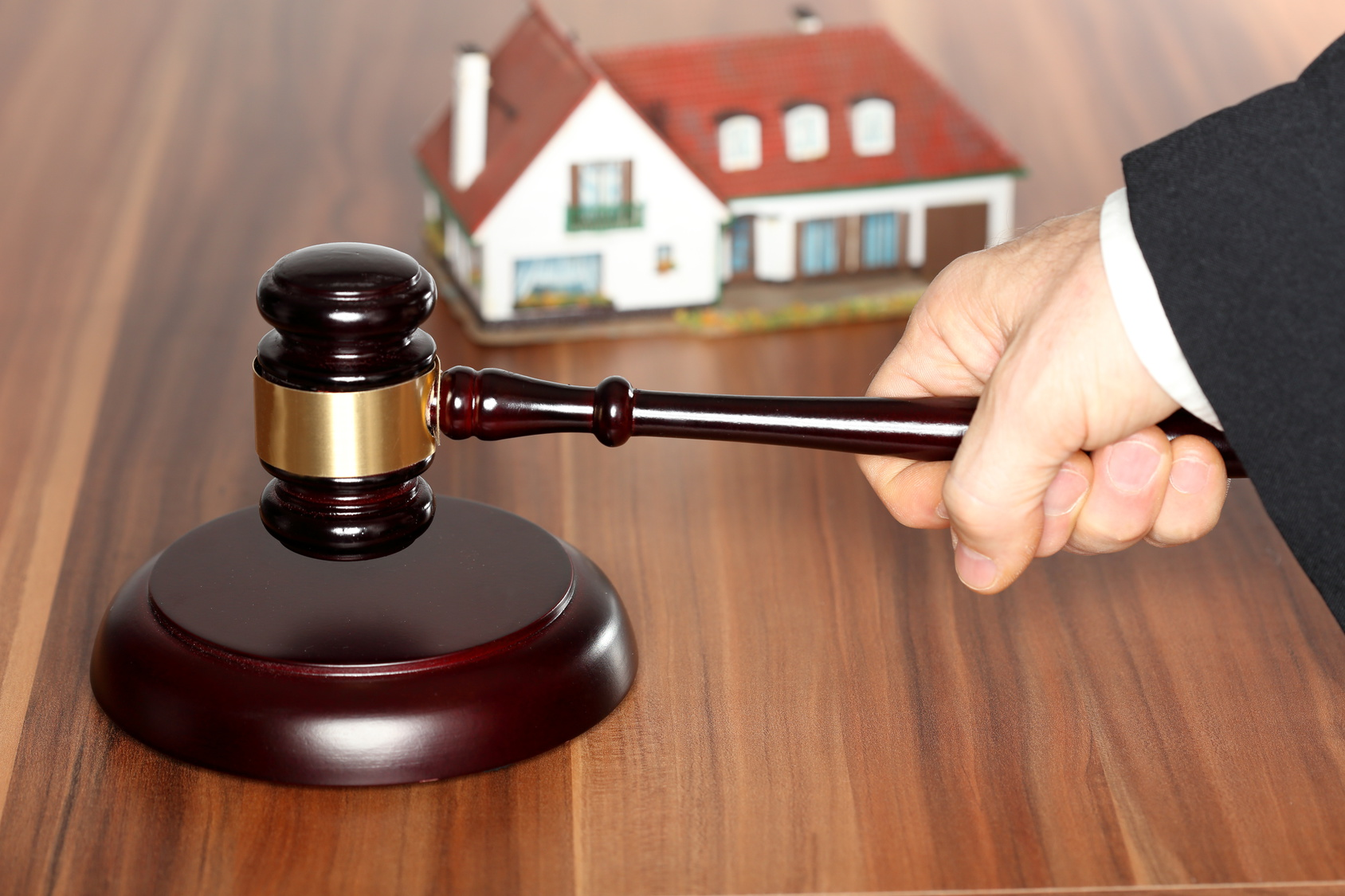 Des ventes immobilières par l'intervention d'un Juge ou Notaire