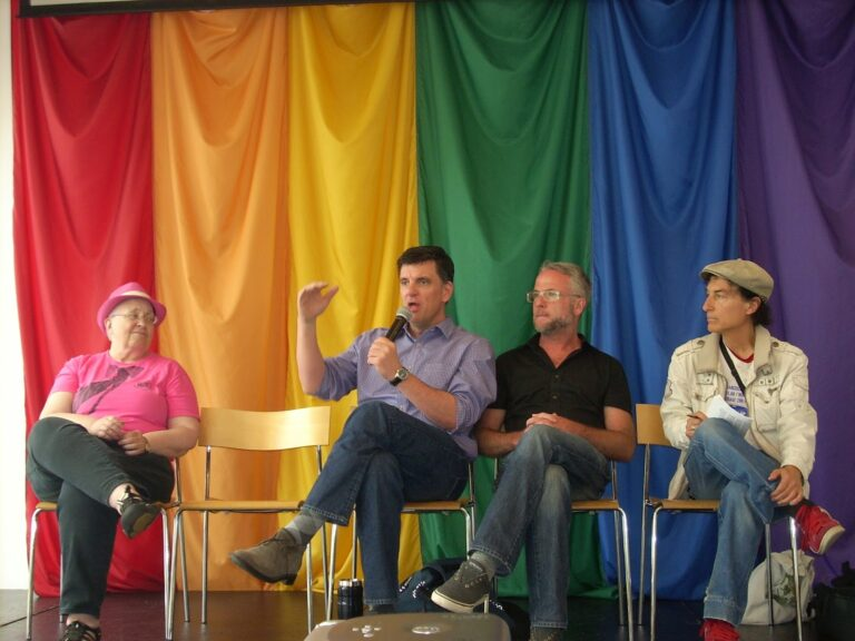 rencontre mur gay flags a Schiltigheim